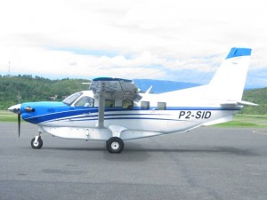 Flygplanet av typen Kodiak som skulle ta oss till Ukarumpa